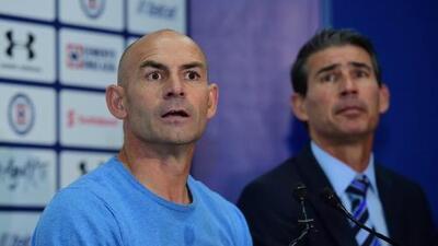 La Comisión Disciplinaria investiga de oficio gesto de Paco Jémez a afición de Cruz Azul
