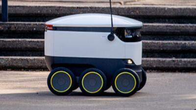 Despliegan flota de robots para entregar comidas en la Universidad de Houston