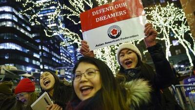 Inmigración aceptará la renovación de permisos vencidos de DACA