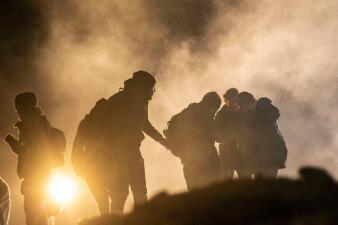 Fotos: El Año Nuevo en la frontera pasó en medio de gases lacrimógenos y caos