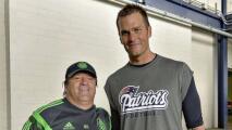 Herrera se tomó foto con Tom Brady superando a la seguridad del estadio