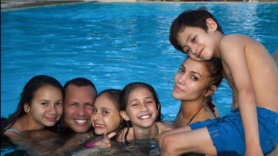 "Así pasó el domingo la ""familia"" de Jennifer Lopez y Alex Rodriguez"