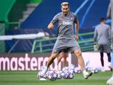 Gran noticia: Héctor Herrera volvió a prácticas con el Atlético