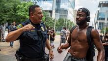El jefe de la policía de Houston gana atención nacional durante las protestas contra el abuso policial