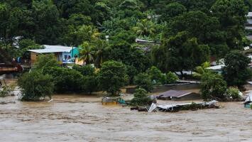 El huracán Iota deja muertes y más de 400,000 afectados a su paso por Centroamérica