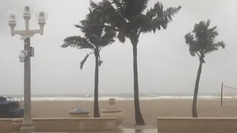 Autoridades del condado de Harris mantienen la alerta tras las fuertes lluvias en la zona