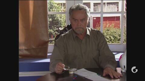Vecinos   Germán se convierte en asesor financiero de 'Don Roque'