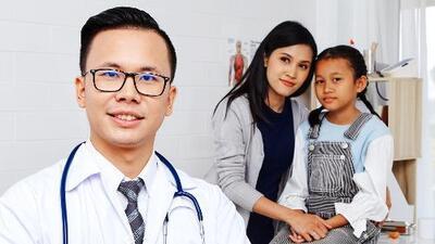 Razones por las que mujeres y niños deben acudir al médico (y cada cuánto tienen que hacerlo)