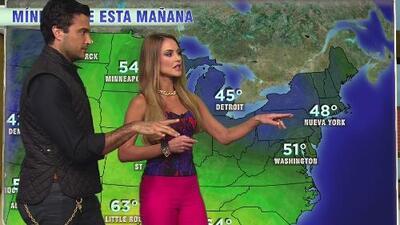 Jaime Camil aprendió a dar el reporte del clima con ayuda de Ximena Córdoba