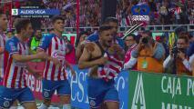 ¡Voleas y chilenas! Top 10 de goles del Chivas vs. Atlas