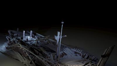 Descubren un barco intacto de más de 2,400 años de antigüedad en el fondo del mar Negro