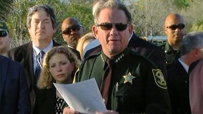 Tras el tiroteo, el atacante de la escuela de Florida fue a Walmart y McDonald's, según sheriff