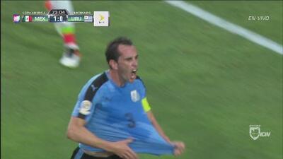 Diego Godín sacó la garra y empató para Uruguay