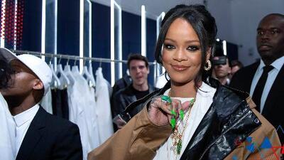 Tanto trabajo le está quitando el sueño a Rihanna