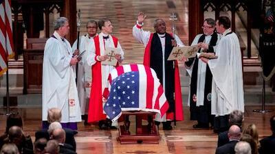Crónica de la despedida que dio Washington al presidente 41 de EEUU, George H. W. Bush