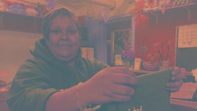 Sobreviviente de cáncer en el Barrio de las Empacadoras lucha por su salud, sus hijos y su comunidad