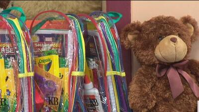 Distrito 9 regala mochilas y útiles escolares este viernes para el regreso a clases