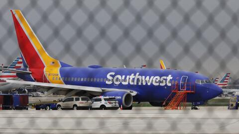 Aerolínea Southwest, dispuesta a colaborar en investigación por incidente en vuelo 1380