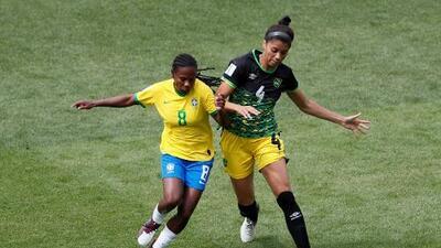"""¡Llámenla """"La siete copas""""! Formiga, la brasileña que hace historia"""