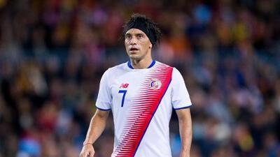 El costarricense Christian Bolaños sufrió una fractura de tobillo y está en duda para el Mundial