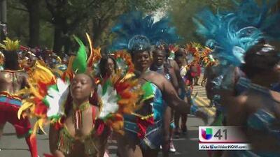 Desfile de Las Antillas es interrumpido por dos balaceras