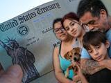 Pago retroactivo para familias de inmigrantes que no han recibido cheques de estímulo en California