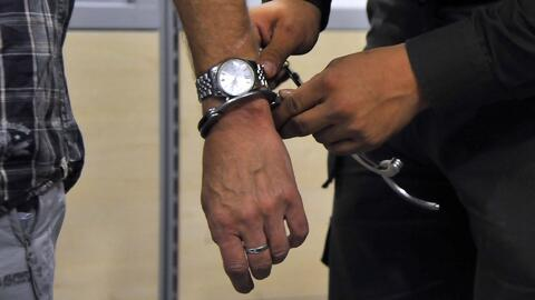 Arrestan a tres personas en el aeropuerto de Los Ángeles por intentar viajar con metanfetaminas