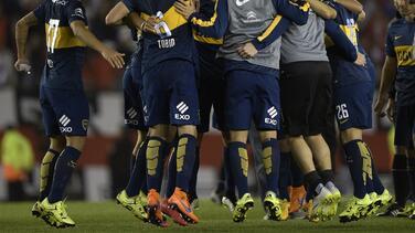 Boca Juniors vence a River Plate en el superclásico y retoma el liderato