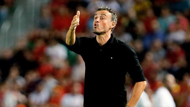 Pedri, Porro y Bryan Gil, convocados a la selección absoluta de España