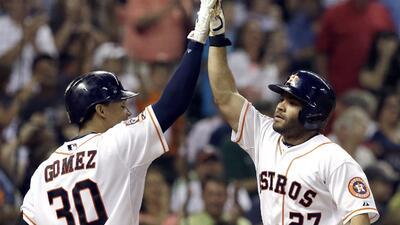Astros hunden a L.A. con HR de Altuve y Valbuena