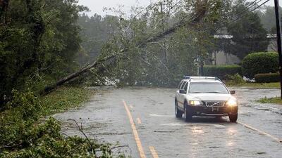 En video: Los vientos huracanados de Florence en su paso por Carolina del Norte
