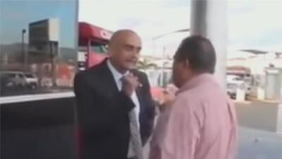 En video: El altercado entre un periodista hondureño y un representante diplomático de Guaidó