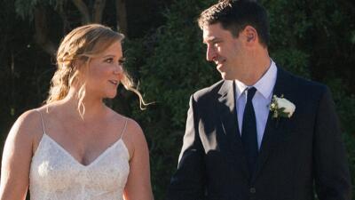 Amy Schumer usa la atención mediática de su reciente boda para pedir mayor control de armas