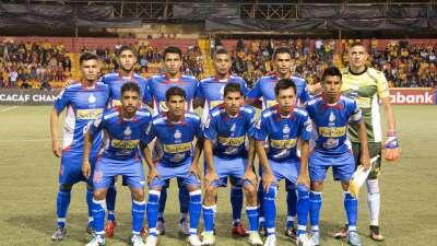 5 equipos se disputan 3 plazas en cuartos final de fútbol salvadoreño