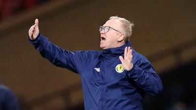 Escocia despide a su técnico tras malos resultados en las eliminatorias para la Eurocopa