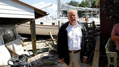 Trump visita Carolina del Norte para ver las zonas afectadas por el huracán Florence
