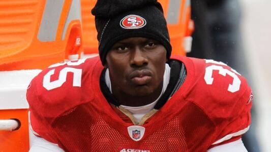 Exjugador de NFL asesina a 5 personas, incluidos dos niños