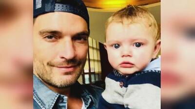 Julián Gil por fin pudo ver a su hijo Matías y lo celebró con esta foto
