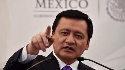Miguel Ángel Osorio Chong responde a interrogantes sobre fuga