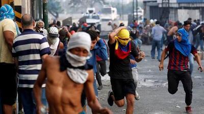 """Fuertes disturbios, más de 50 heridos y 13 personas detenidas: así transcurre la """"Operación Libertad"""" en Venezuela"""