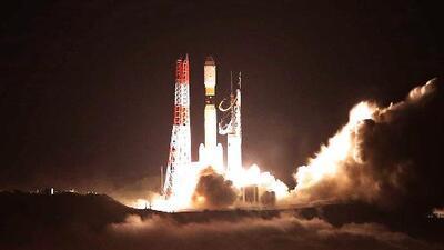 Space X lanza con éxito su cohete Falcon 9