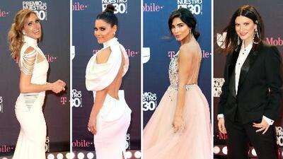 Los vestidos parecidos (pero no iguales) de Lili y Chiqui combinaron con el look de Alejandra y Laura