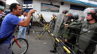 Tensión en las calles de Venezuela por decisión del tribunal supremo de asumir las atribuciones del congreso