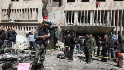 Fuerzas sirias atacan Homs pese a tregua
