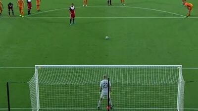 Reto Ziegler convierte el tiro penal y coloca arriba al FC Dallas