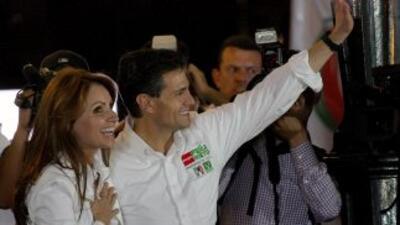 Peña Nieto y Angélica Rivera quieren tener un hijo