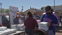 Realizan donación de pañales a la comunidad en honor a la memoria de Marlén Ochoa y su bebé