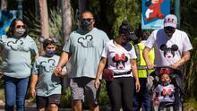 Después de 412 días cerrado, Disneyland abre sus puertas bajo un estricto protocolo contra el covid-19