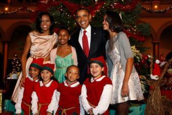 Los Obama asistieron a concierto de Navidad