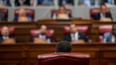 Puerto Rico al borde del abismo político: a horas de que Rosselló deje la gobernación no hay sucesor claro